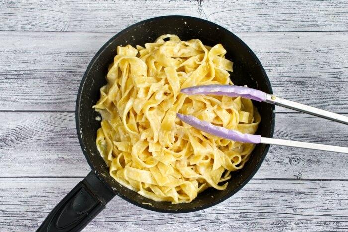 Classic Chicken Alfredo Pasta recipe - step 6