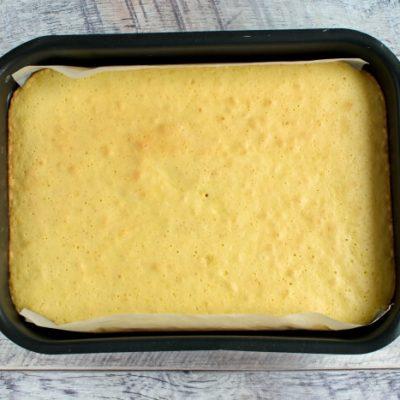 Classic Vanilla Cake recipe - step 5