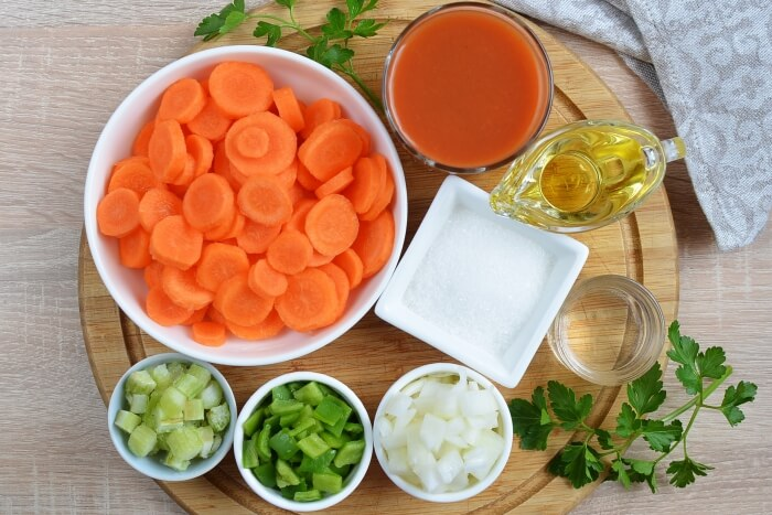 Ingridiens for Copper Penny Carrot Salad