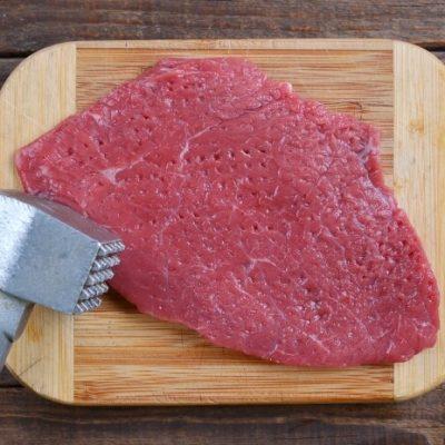 Classic Beef Stroganoff recipe - step 1