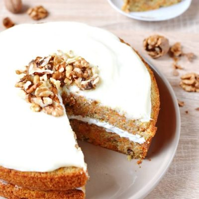 Easy Carrot Cake Recipe - Homemade Classic Desserts Recipe - Easy Homemade Carrot Cake Recipe