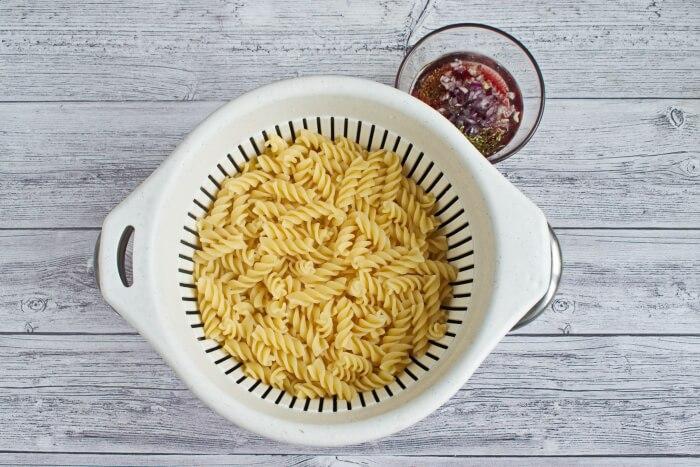 Easy Pasta Salad recipe - step 3
