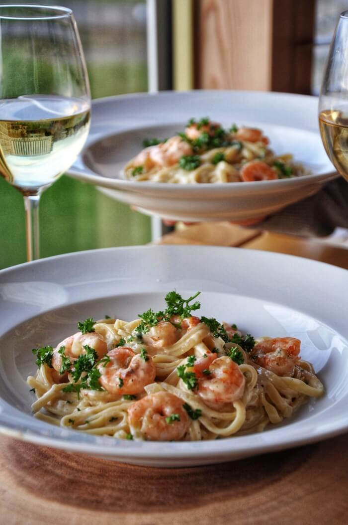 Easy Creamy Shrimp Pasta