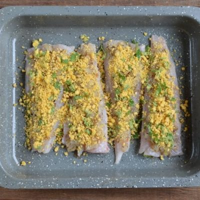 Herb-Baked Fish with Crispy Crumb recipe - step 4