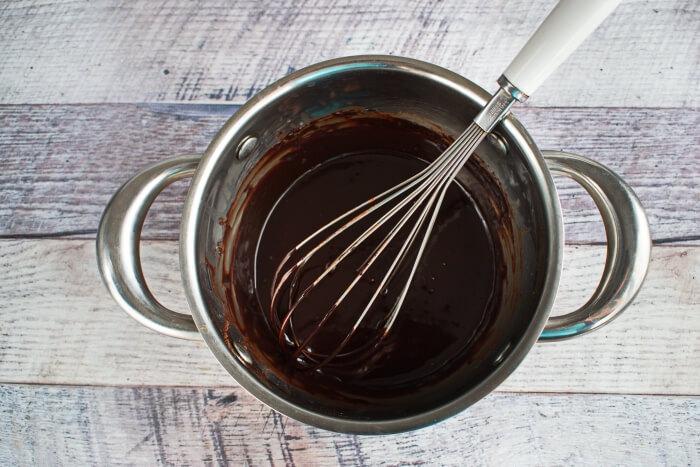 Easy Ho Ho Cake recipe - step 5