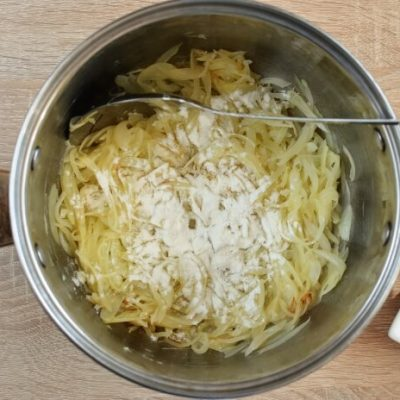 Traditional French Onion Soup recipe - step 4