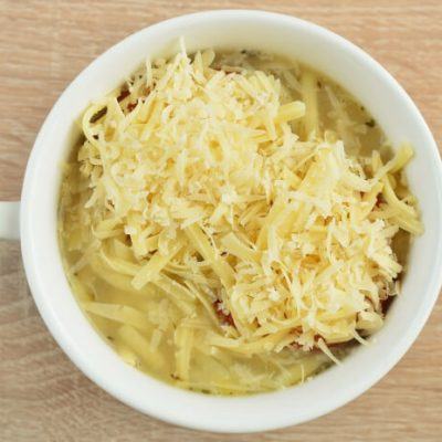 Traditional French Onion Soup recipe - step 6