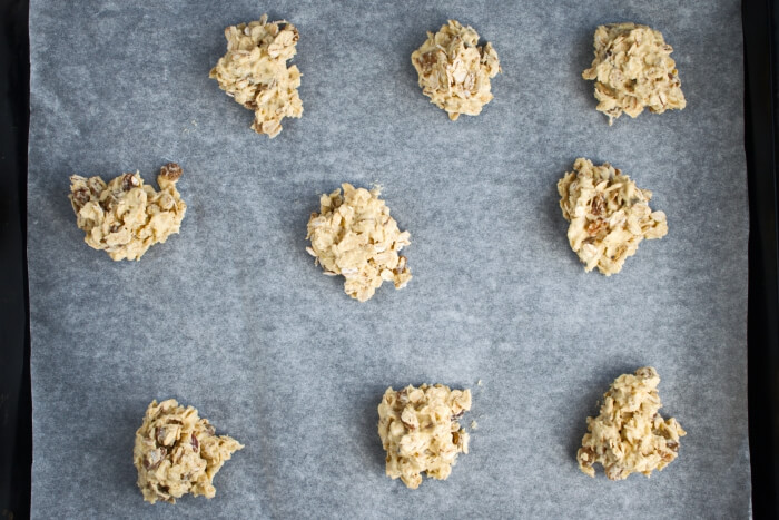 Oaty Raisin Cookies recipe - step 4