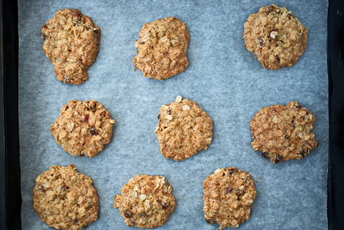 Oaty Raisin Cookies recipe - step 5