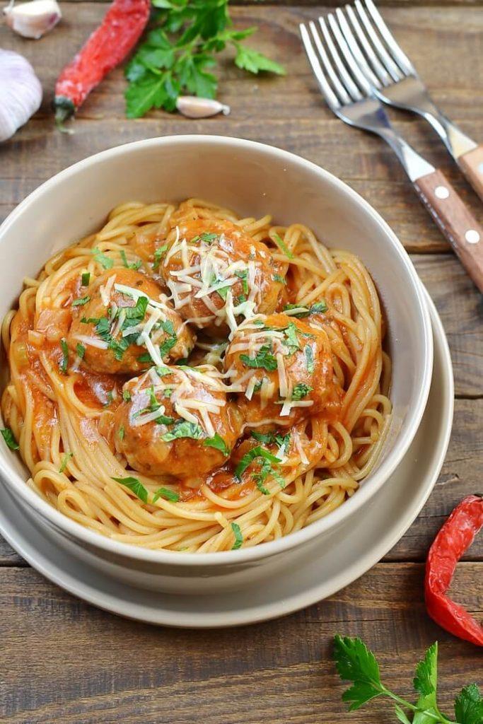 The ultimate spaghetti meatballs recipe in one pan