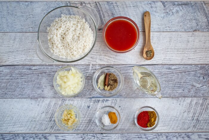 Ingridiens for One Pan Spiced Tomato Rice