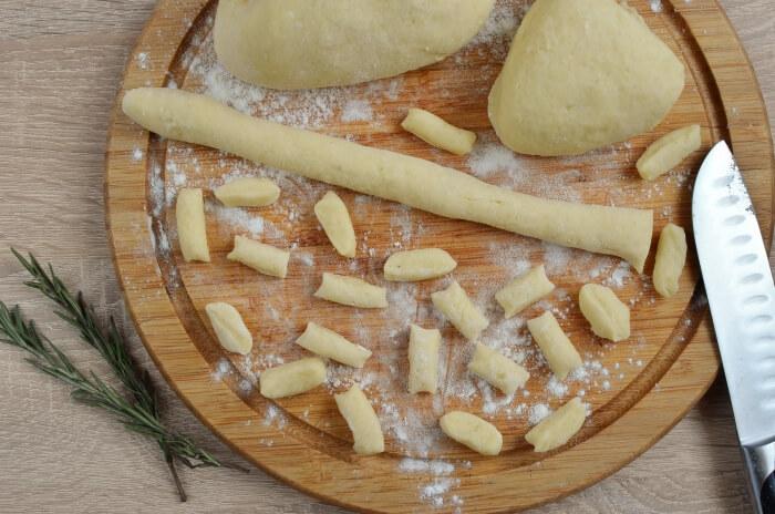 Pan-Fried Potato Gnocchi recipe - step 5
