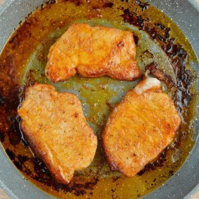 Keto Spiced Baked Pork Chops recipe - step 4