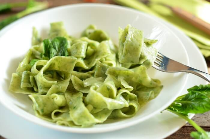 How to serve Homemade Spinach Noodles