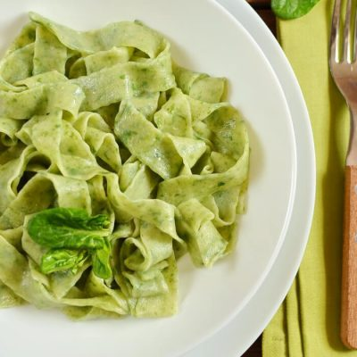 Spinach Noodles Recipe - Easy Vegetarian Green Nodles Recipe - Healthy Green Homemade Noodles