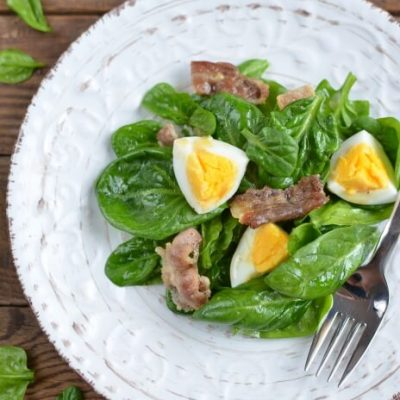 Spinach Salad with Bacon and Eggs - Quick Nutritious Lunch Recipes - Healthy Spinach Salad Recipe
