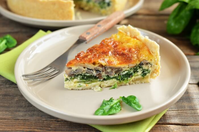 How to serve Spinach and Cheese Quiche