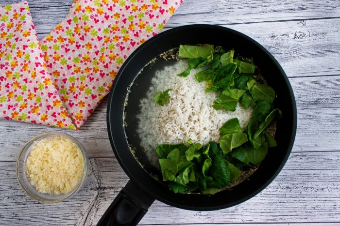 Spinach Parmesan Risotto recipe - step 2
