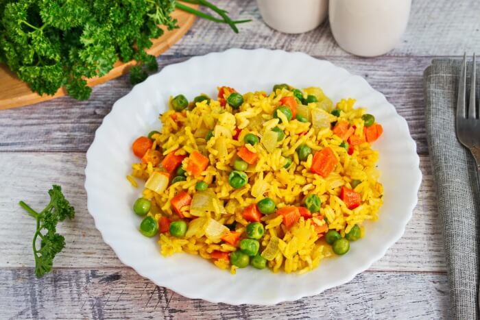 How to serve Turmeric Spiced Rice