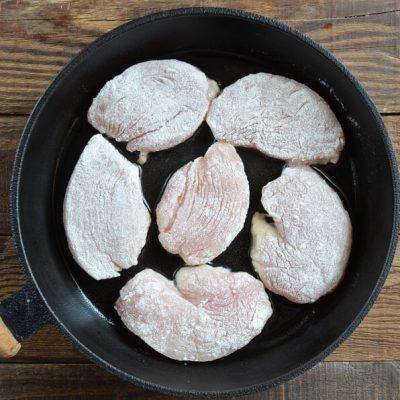 Classic Chicken Piccata recipe - step 3
