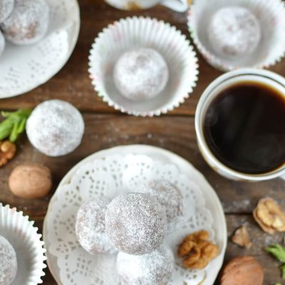 How to serve Cocoa and Nut Rum Balls