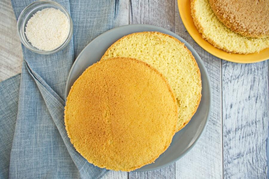Coconut Sour Cream Cake recipe - step 4