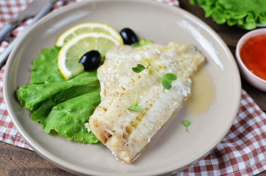 How to serve Broiled Walleye Fillets