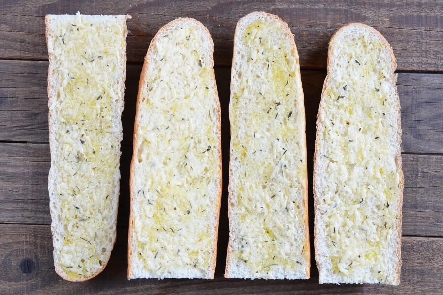 Cheesy Garlic Bread recipe - step 3