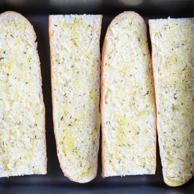 Cheesy Garlic Bread recipe - step 4