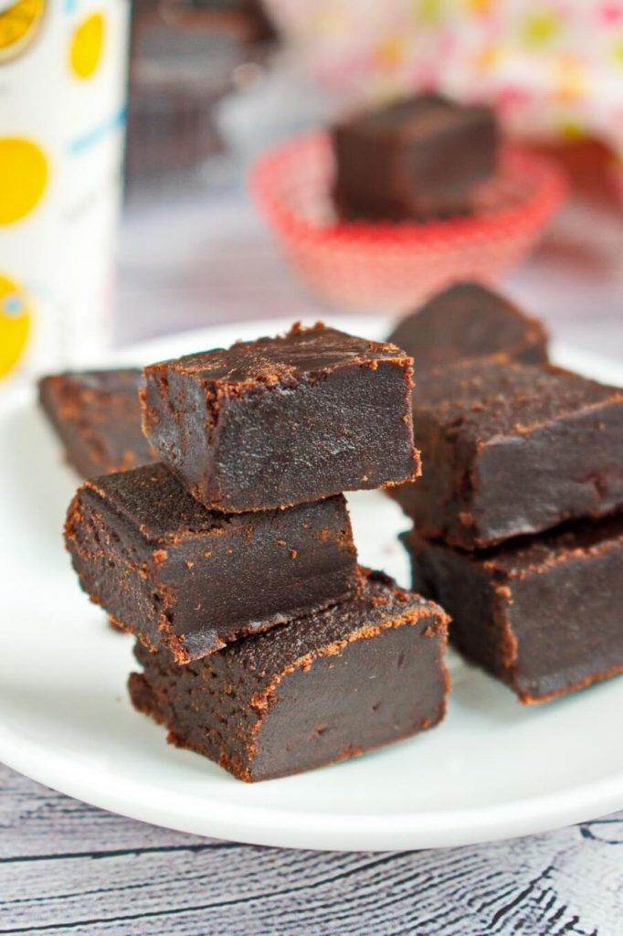 How to Cook Classic Chocolate Fudge Recipe - The Best Traditional Old-fashioned Chocolate Fudge Recipe - Easy Chocolate Fudge Recipe with Cocoa Powder