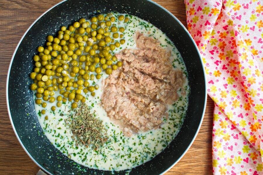 Creamy Tuna Pasta recipe - step 2