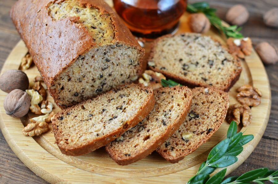 How to serve Easy Nut Bread