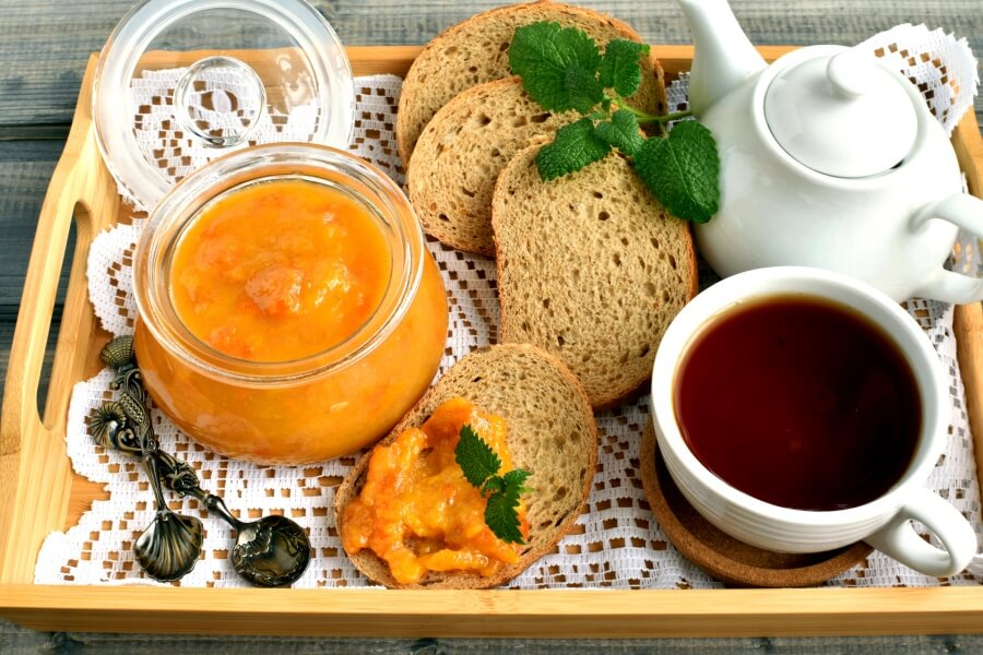How to serve Persimmon Jam