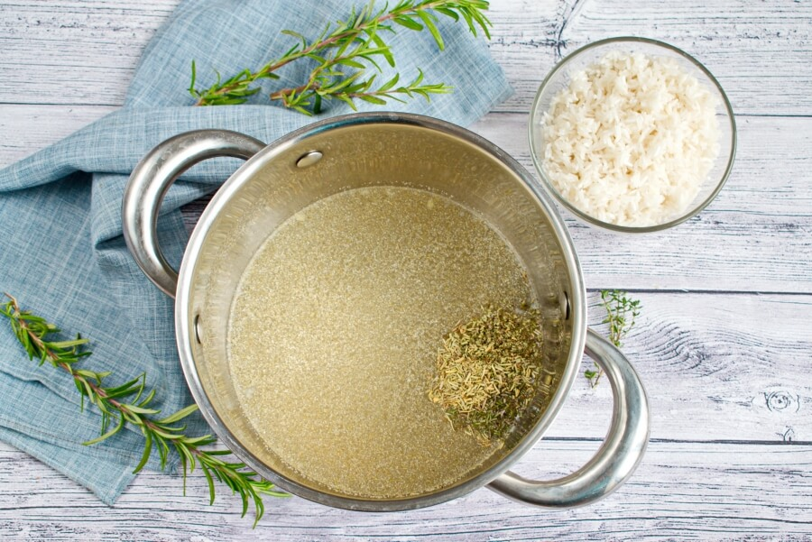 Herb and Onion Rice recipe - step 1