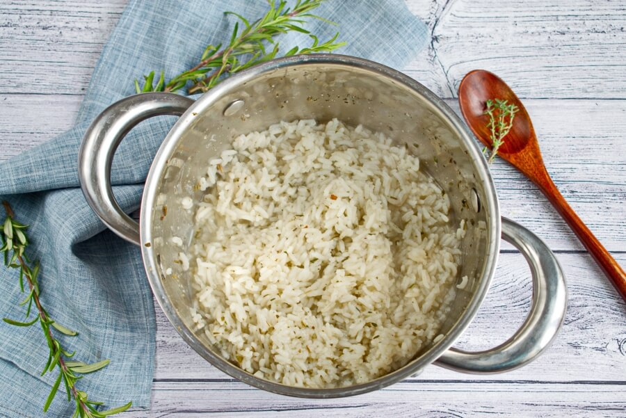 Herb and Onion Rice recipe - step 3