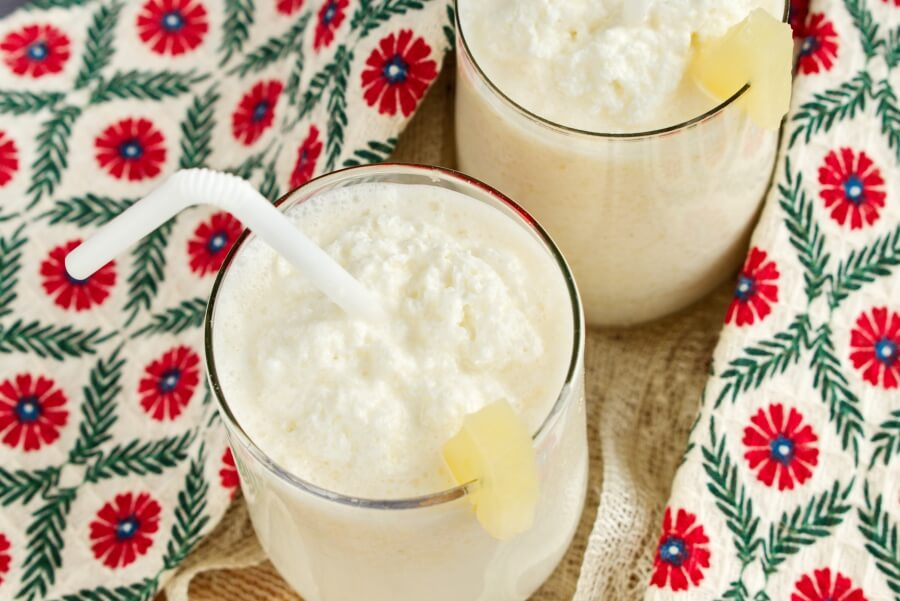 How to serve Pineapple Smoothie