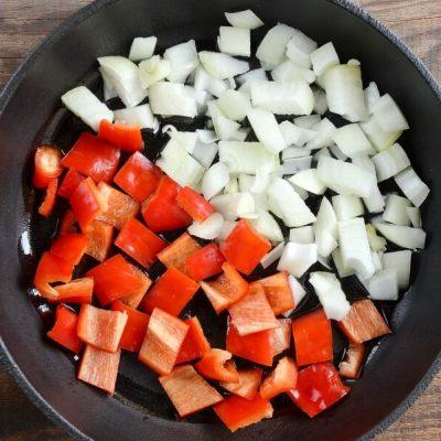 Red Capsicum Tapenade recipe - step 1