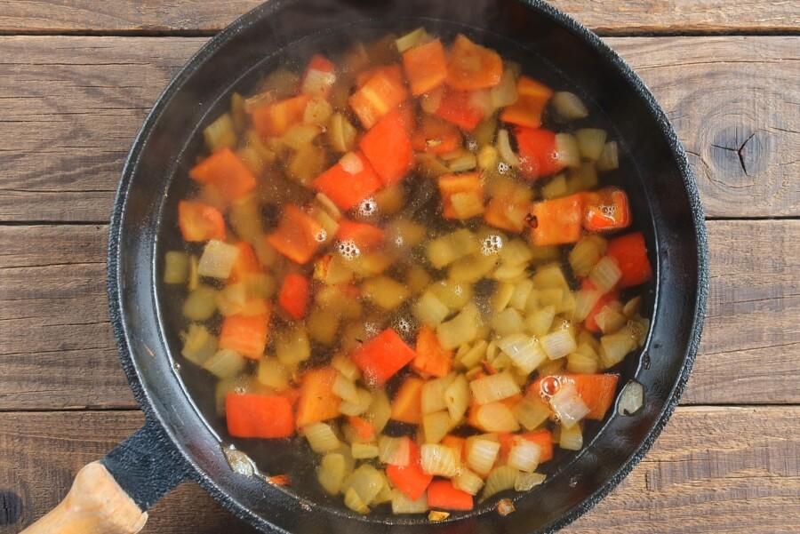 Red Capsicum Tapenade recipe - step 2