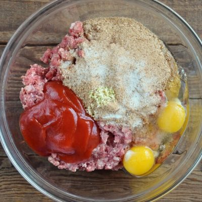 Sweet and Sour Meatloaf recipe - step 2
