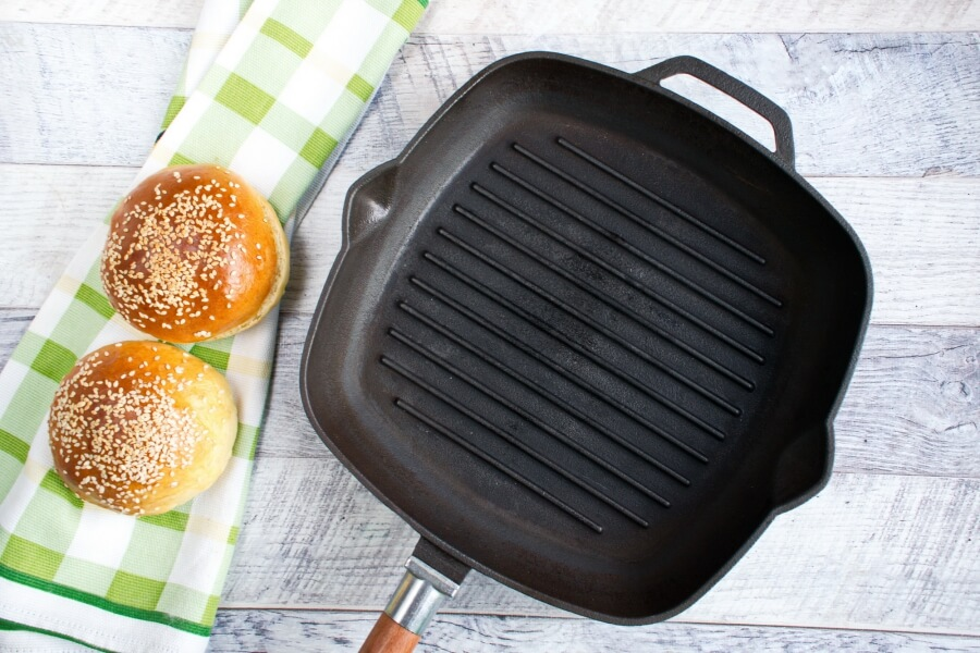 Easy Beef Burger recipe - step 1