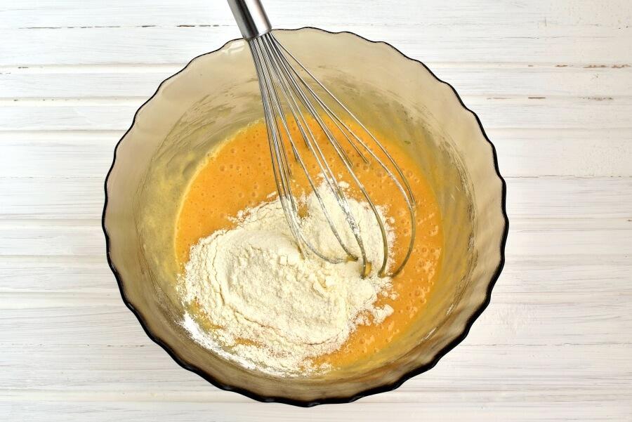 Zucchini Loaf Cake recipe - step 4
