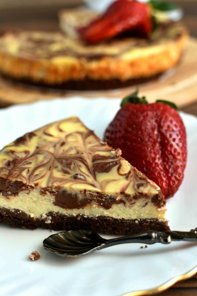 Cheesecake that truly deserves a spot at the center of the dinner table
