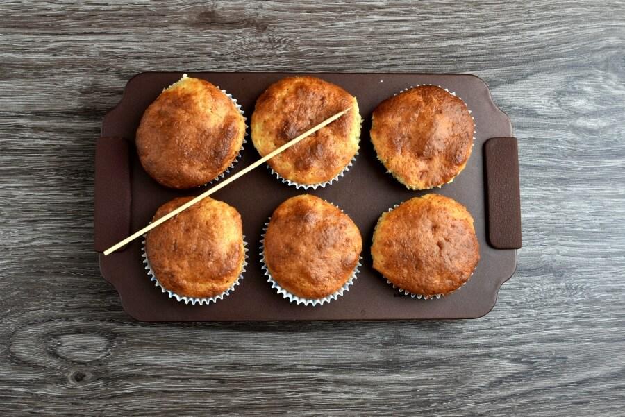 Easy Banana Muffins recipe - step 6
