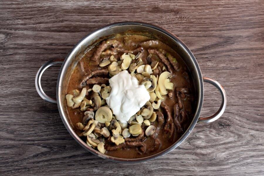 Beef Stroganoff recipe - step 8