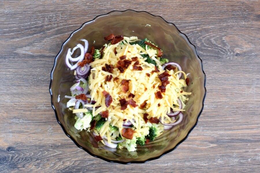 Bodacious Broccoli Salad recipe - step 3