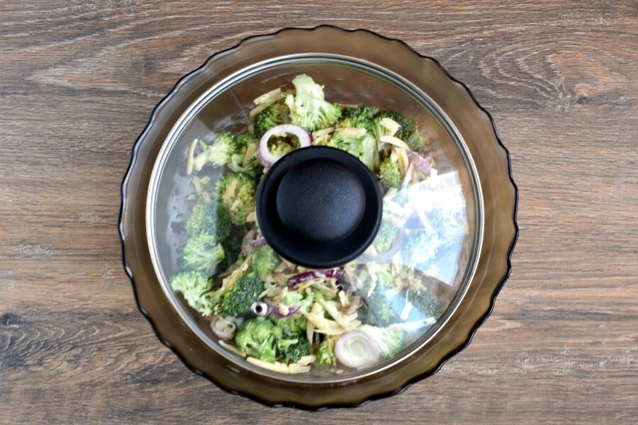 Bodacious Broccoli Salad recipe - step 6