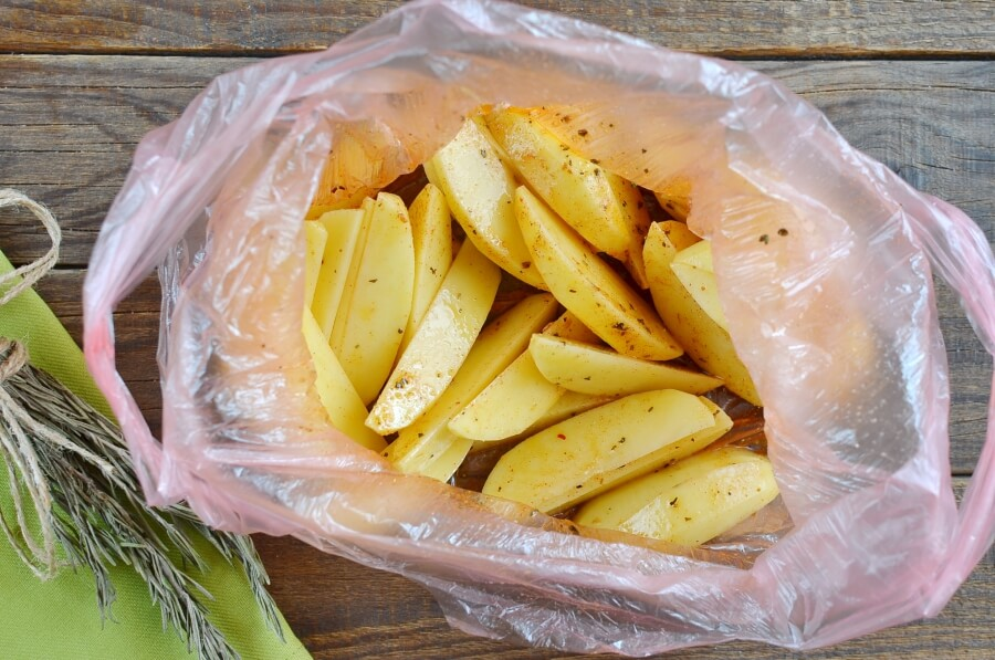 Cajun Baked French Fries recipe - step 3