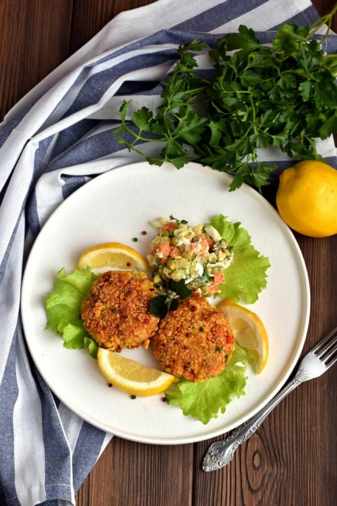 Salmon Cakes are the Best kind of Cakes