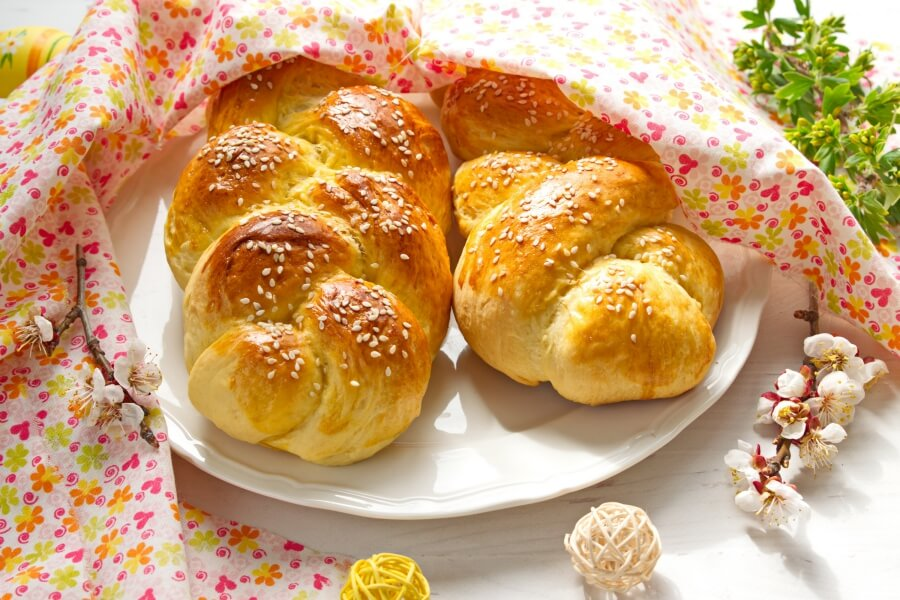 Choereg (Armenian Easter Bread)-Armenian Easter Bread-How To Make Braided Choereg for Easter