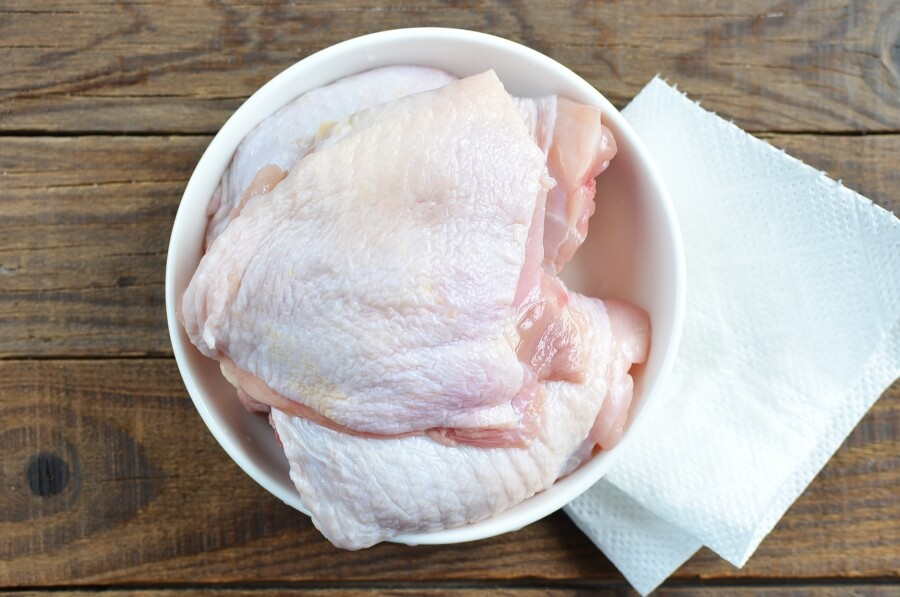 Keto Crispy Baked Chicken Thighs recipe - step 3